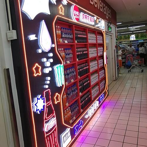 可口可乐展柜设计